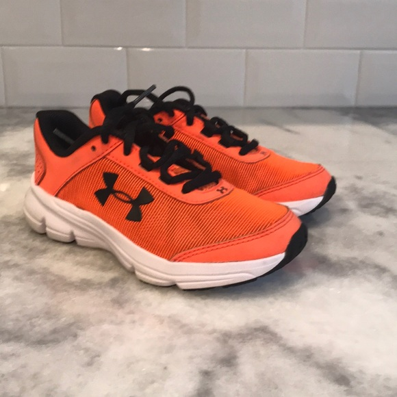 toddler boy under armour shoes